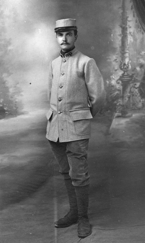 Portrait de Fernand B�©nard en uniforme militaire.